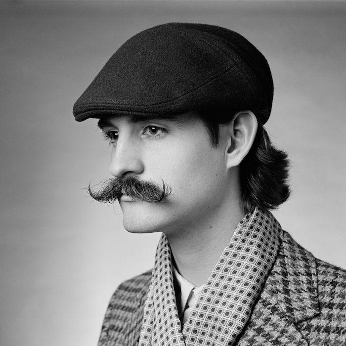 tailler sa moustache mode grosse vintage pointes longues année 20