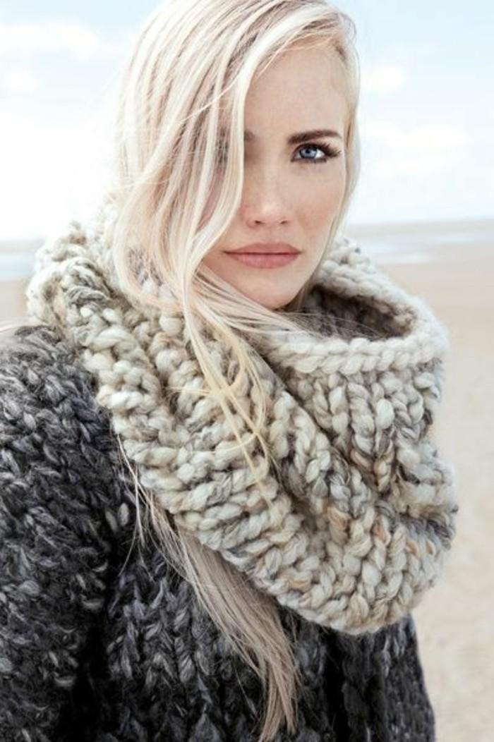 tendance-blond-nordique-col-en-laine