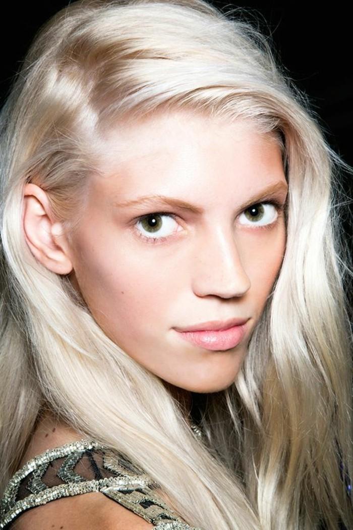 tendance-couleur-de-cheveux-blond-nordique-couleur-froide