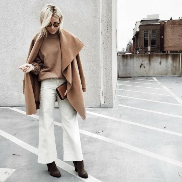 tenue-travail-en-couleur-beige-et-blanc-coiffure-cheveux-blonds-lunettes-de-soleil