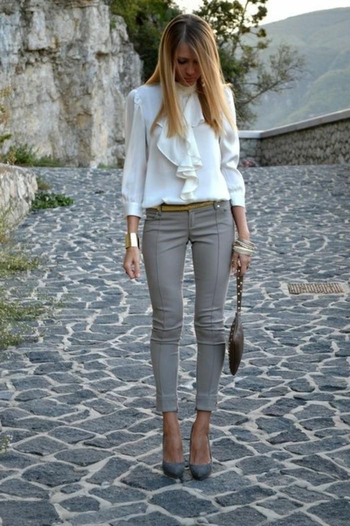 tenue-vestimentaire-au-travail-vision-élégante-et-chic-en-pantalon-gris-et-chemise-blanche