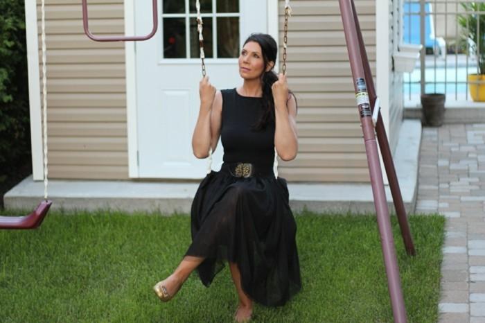tutu-noir-femme-tenues-de-tous-les-jours-aves-des-jupes-en-tulle