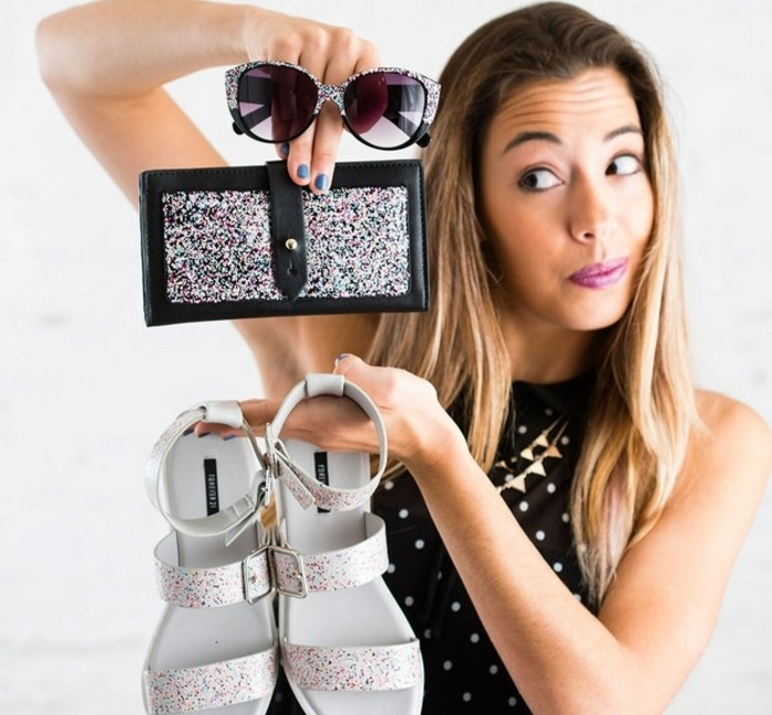 utiliser-du-vernis-a-ongles-confettis-pour-customiser-n-importe-quel-objet-idée-cadeau-meilleure-amie