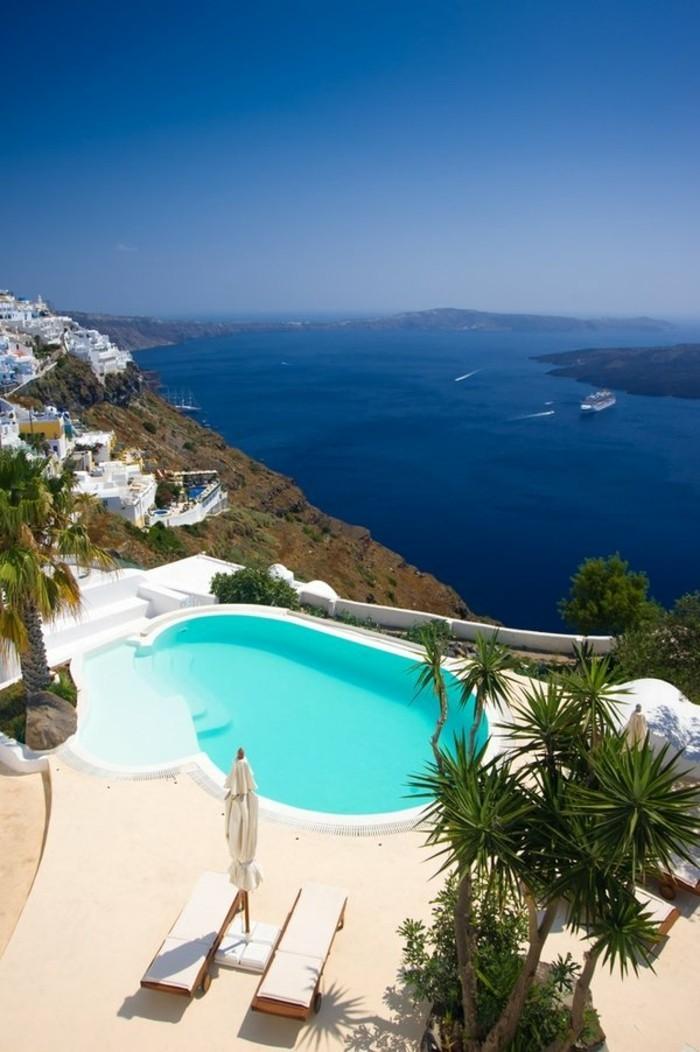 Installer une petite piscine coque le luxe est d j for Au coin de la piscine le gardeur