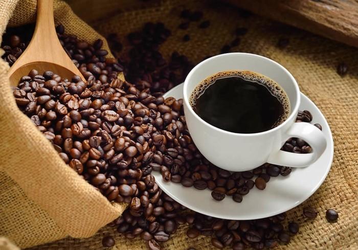 le café, aliment riche en fer nuisant à l'absorption du fer, idée quels aliments exclure de son régime pour lutter contre le déficit en fer
