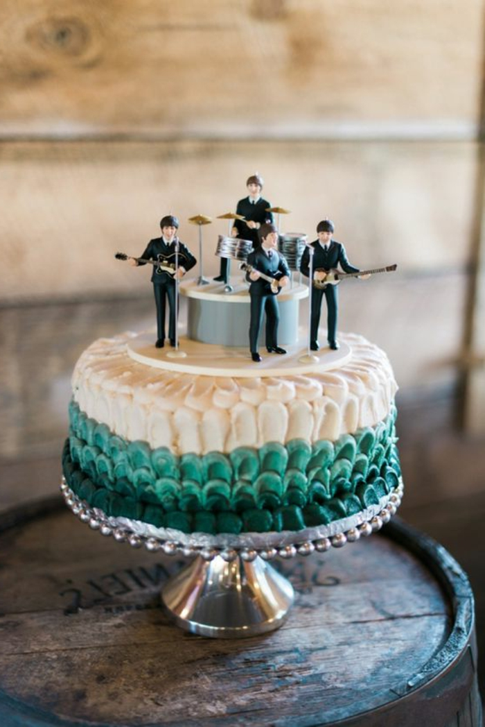 admirable-gateau-facile-et-original-pour-anniversaire-the-beatles-cool-idée