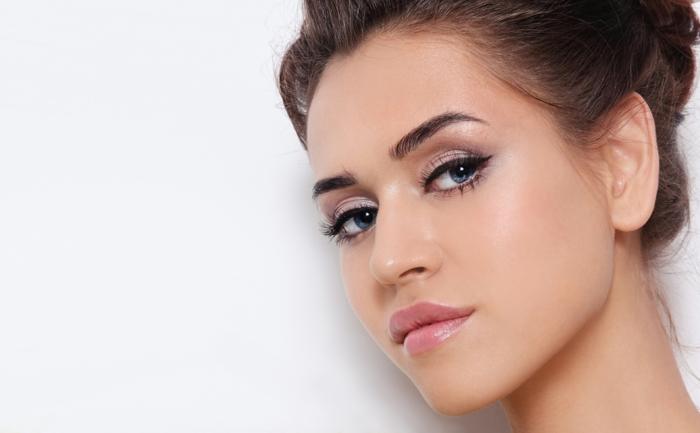 Idée comment bien maquiller les yeux beauté femme