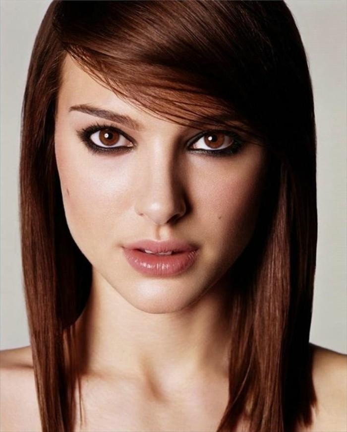 auburn coloration, Natalie Portman, coiffure frangée