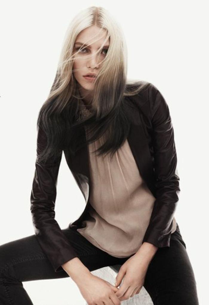 le tie and dye noir sur des cheveux couleur blond polaire, différentes techniques de balayage