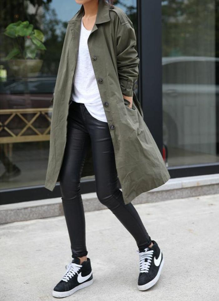 baskets-nike-manteau-long-couleur-olive-legging-simili-cuir