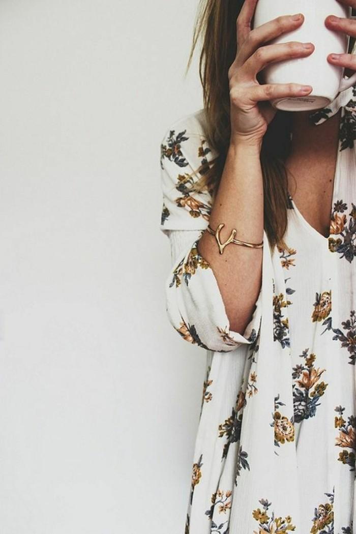 beauté-robe-decontractee-chic-tenue-décontractée-femme-detail-jolie