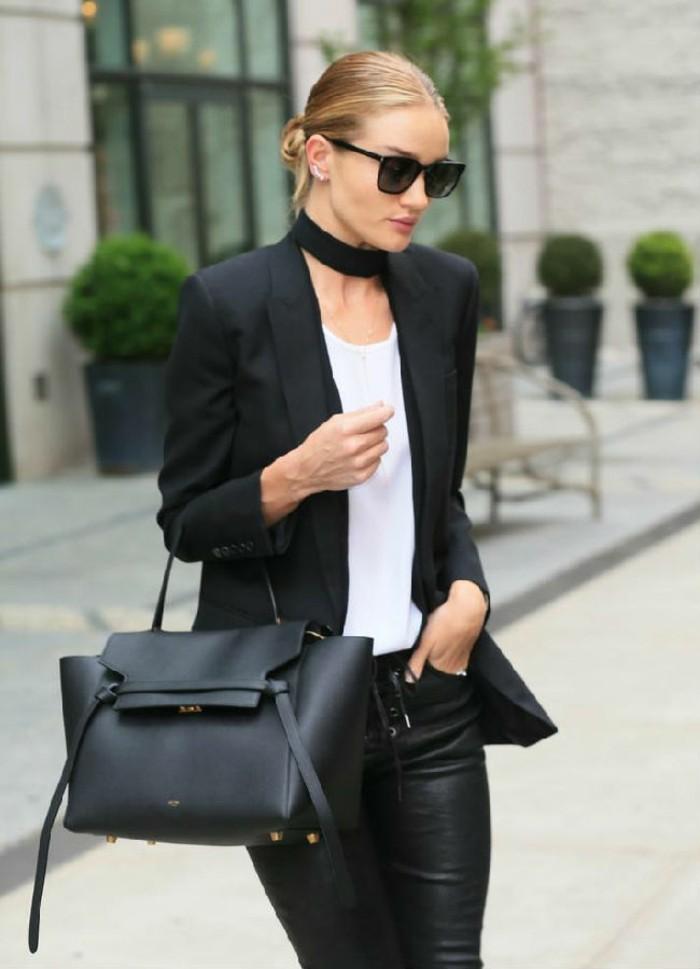 Fantastique collier noir collier plastron femme