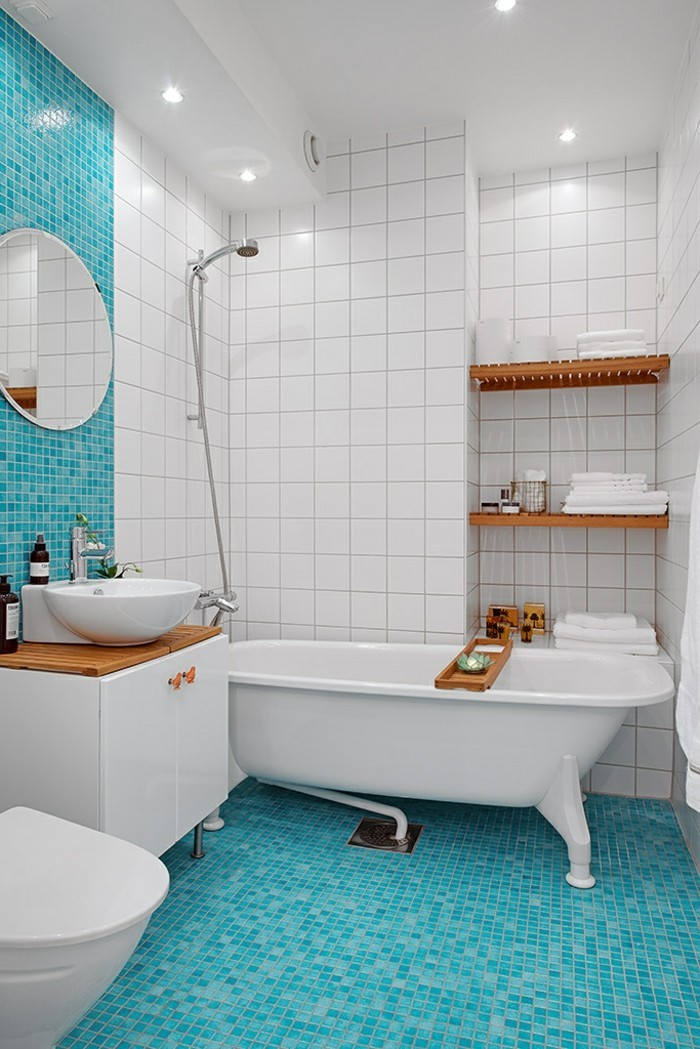 carrelage-douche-étagère-en-bois-deco-turquoise-et-blanc-lavabo-rond
