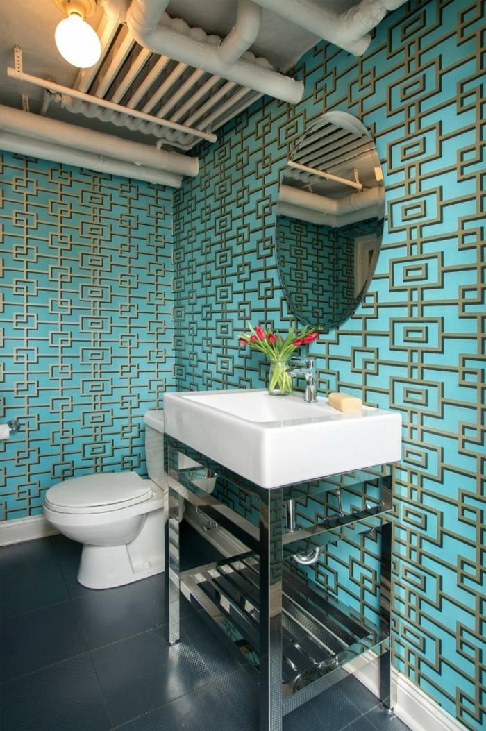 carrelage-salle-de-bain-turquoise-deco-blanc-lavabo-miroir-rond-bouquet-de-tulipes
