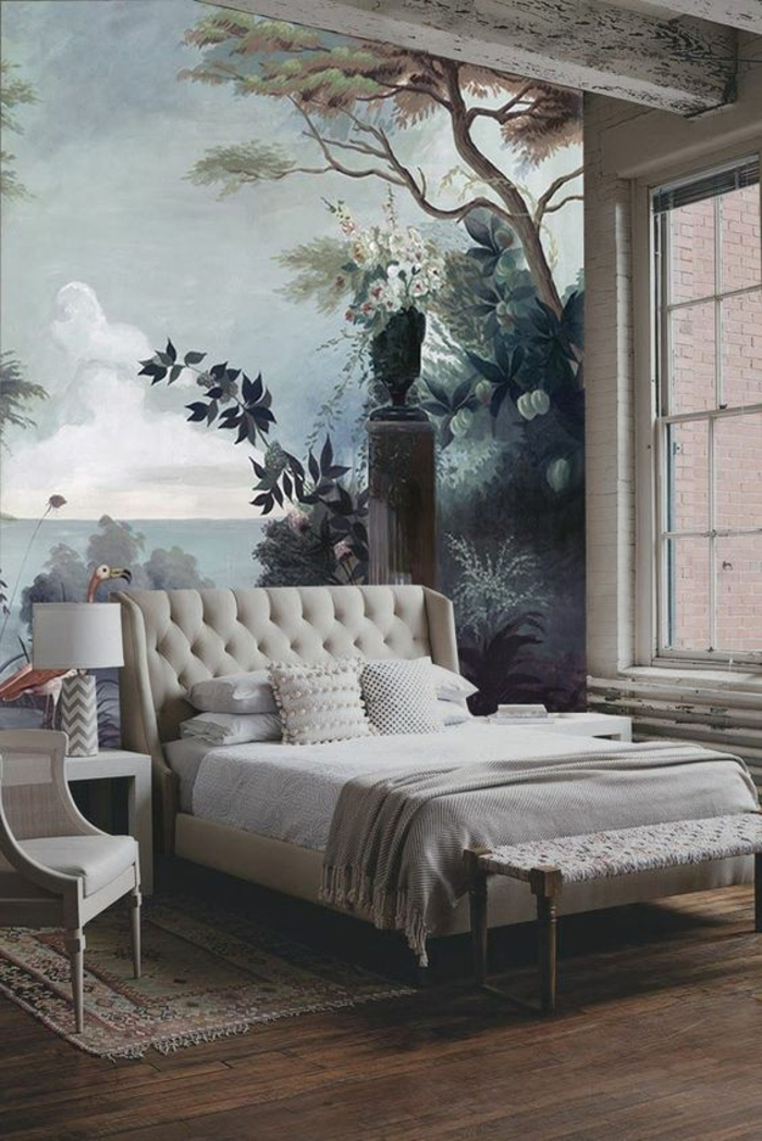 chambre-à-coucher-élégante-déco-beige-papier-peint-exotique