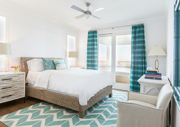 idée couleur chambre, parquet en bois, ventilateur de plafond
