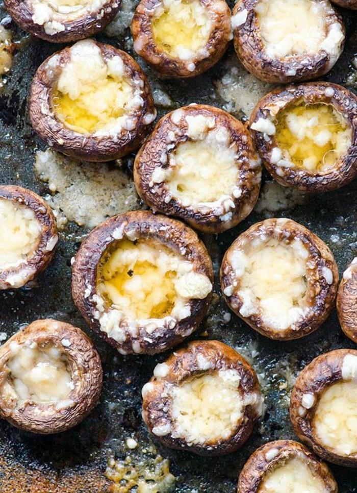 champignon-farci-fromage-bleu-et-beurre-farce-pour-les-champignons