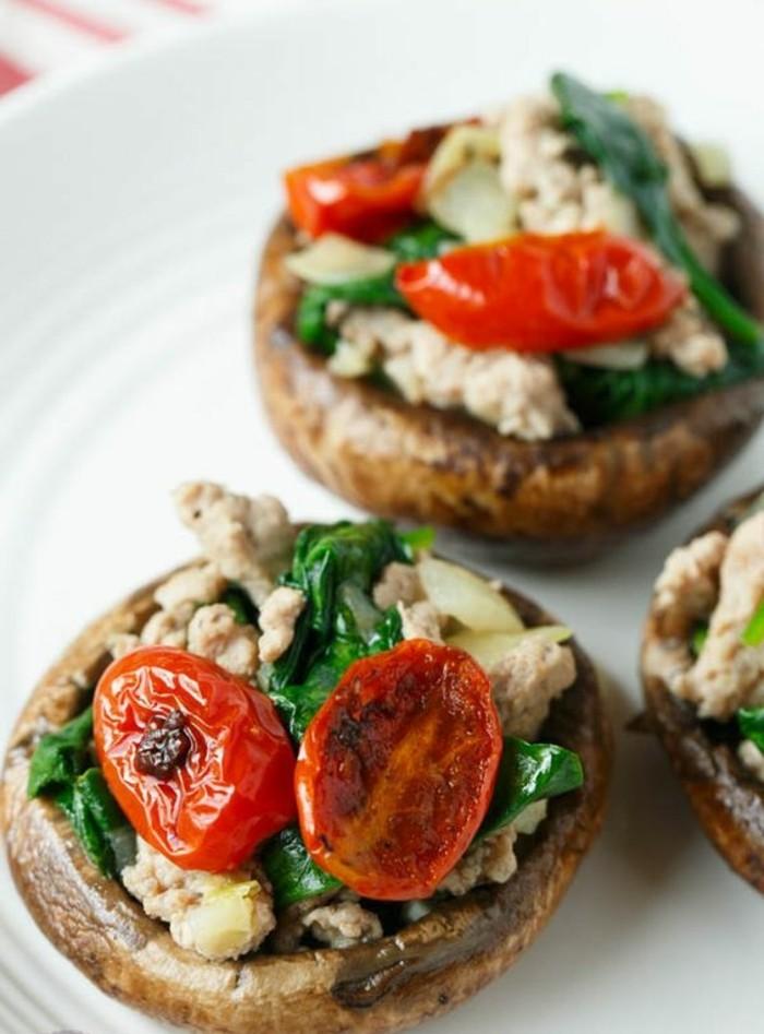 champignons-farcis-au-four-aux-épinards-et-aux-tomates-cerises