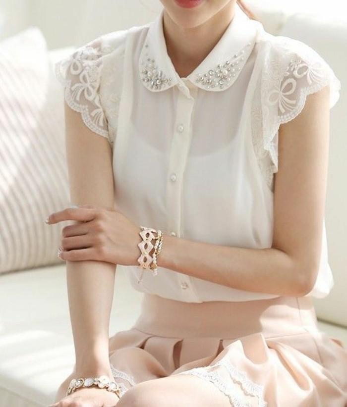 chemise-dentelle-à-col-claudine-ornée-jupe-romantique
