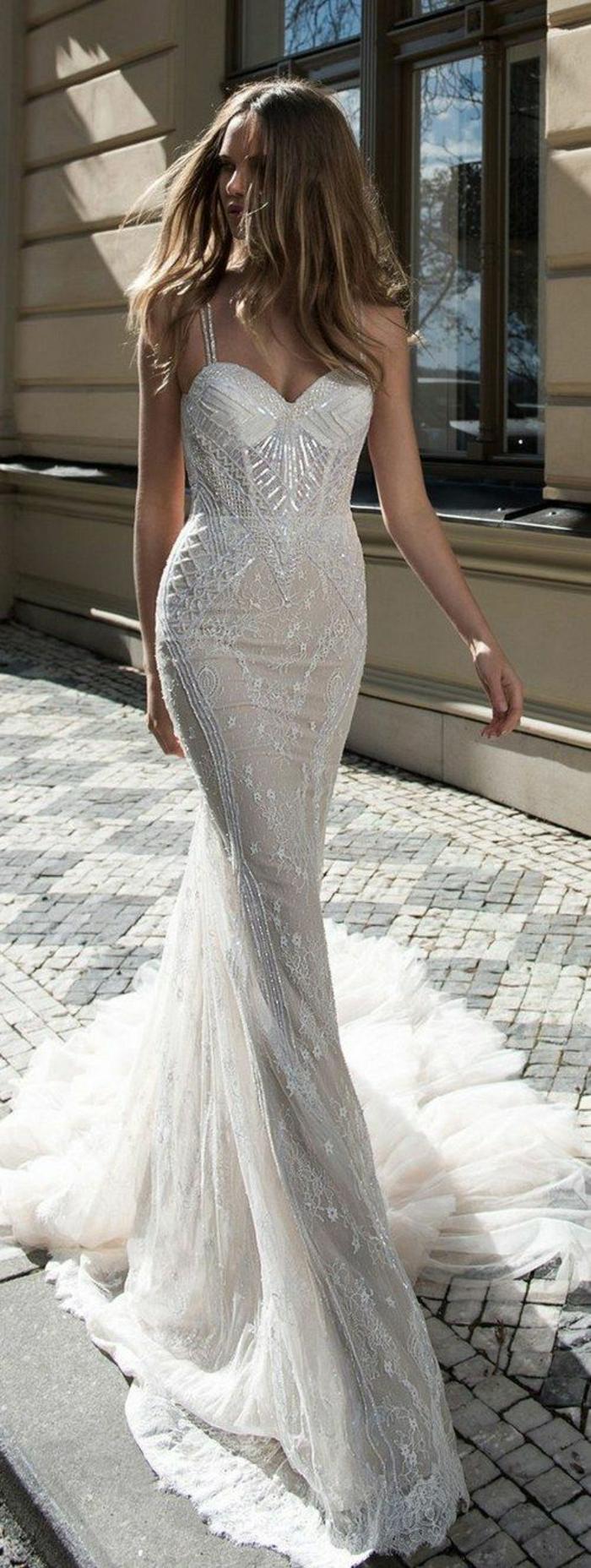 chouette-idee-robe-de-mariee-sirene-beauté-moderne-robe-contemporaine-mariage