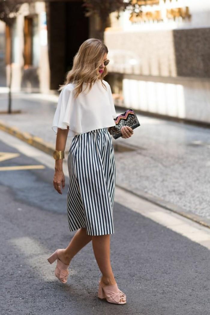 comment-s-habiller-en-automne-belle-jupe-midi-etre-femme-bien-habillée