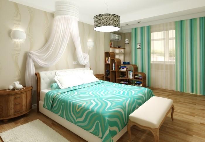 papier peint chambre, parquet en bois, banc devant le lit, couverture de lit turquoise