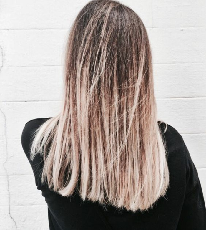 une chevelure lumineuse grâce à la coloration tie and dye