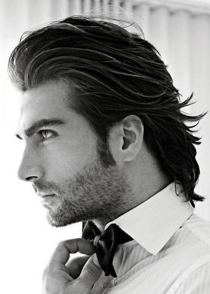 coiffure cheveux long épais hipster en arrière