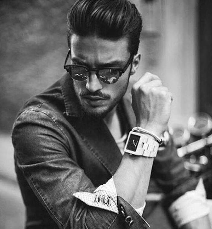 coiffure années 50 homme style hipster en arrière