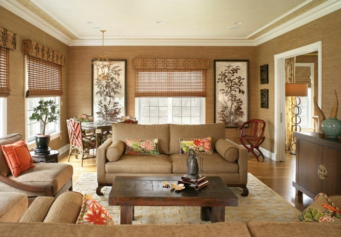 feng shui maison, salon taupe, parquet en bois, plafond blanc, peinture florales