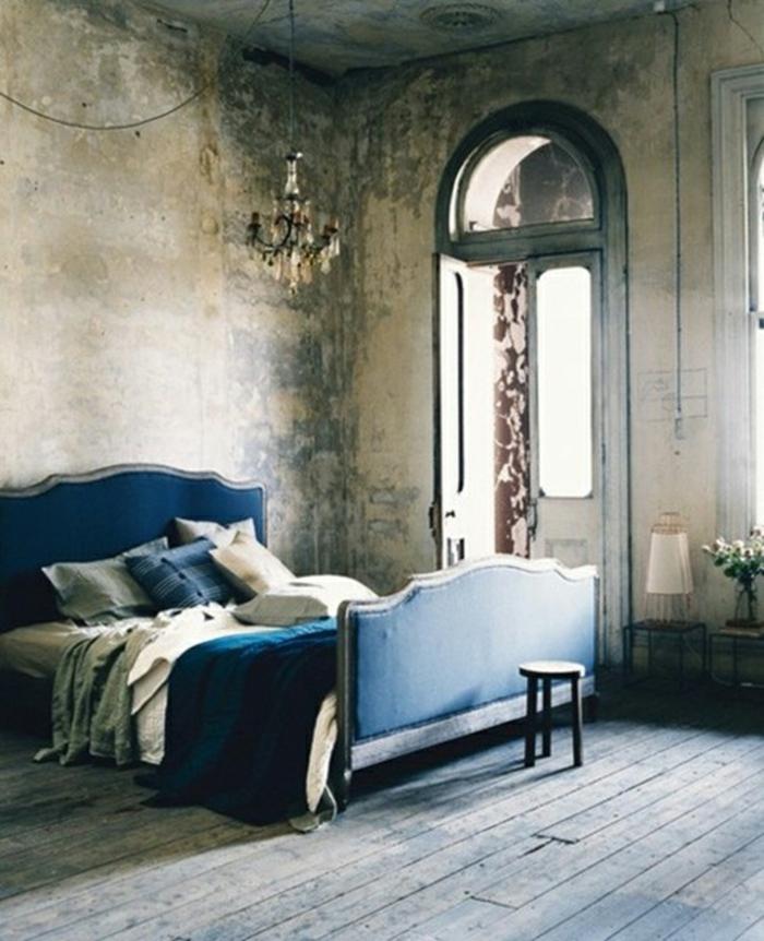 décoration-bleu-canard-ou-paon-deco-chambre-ado-magnifique-idée-déco-rétro