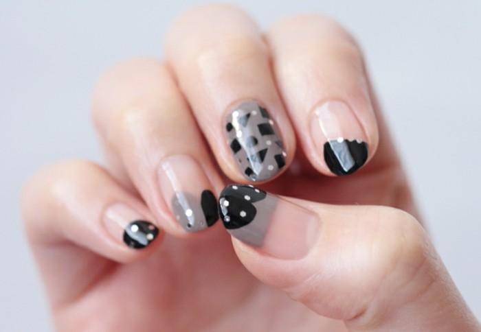deco-ongle-transparent-coeurs-noirs-formes-geometriques-points-blancs