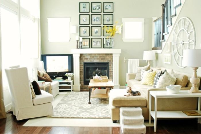 feng shui couleurs, lumière naturelle, escalier en bois foncé, lampes blanches, tapis beige