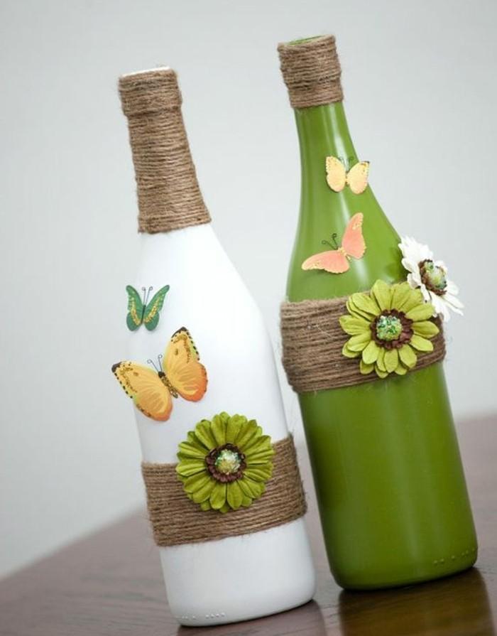 des-bouteilles-customisées-peinture blanche-et-verte-fils-de-laine-papillons-et-fleurs-en-papier-activité-manuelle-printemps-adultes-decoration-maison-printemps