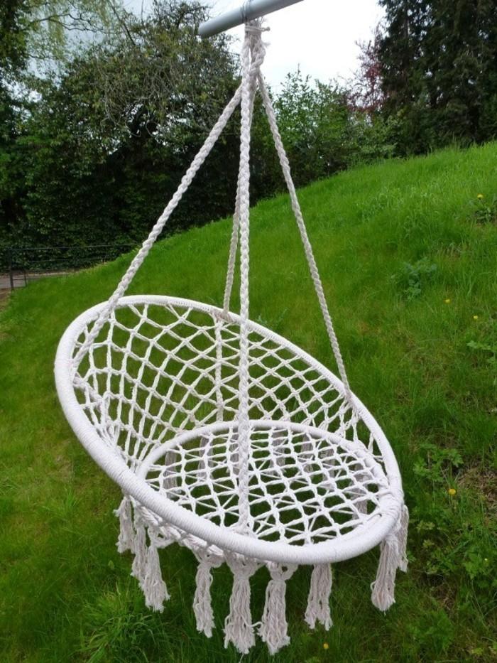 macramé technique, chaise ronde suspendue, déco jardin, diy macramé
