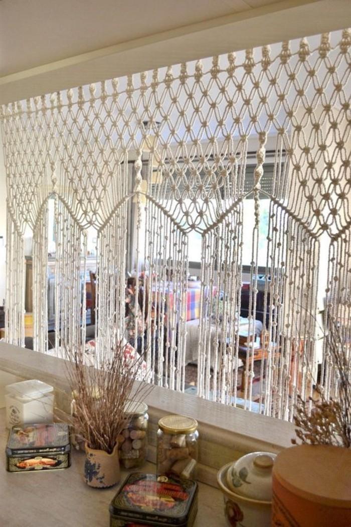 macramé technique, décoration fenêtre, tuto rideau, fleurs séchées, diy macramé