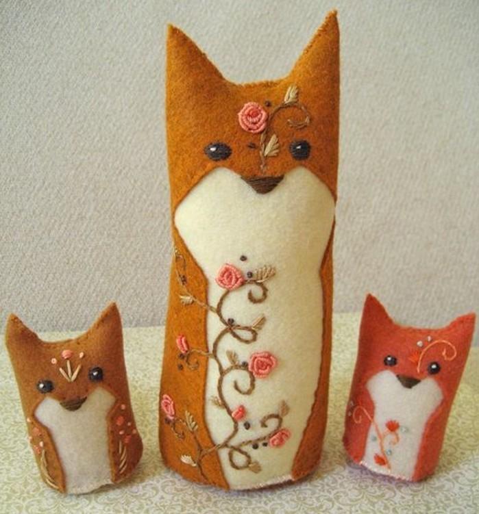doudou-renard-en-orange-et-blanc-patron-simple-idée-de-doudou-a-faire-soi-meme-cadeau-enfant