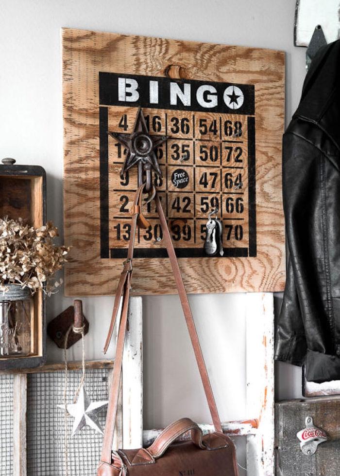 étagère porte manteau mural plaque en bois crochets idee fabriquer diy