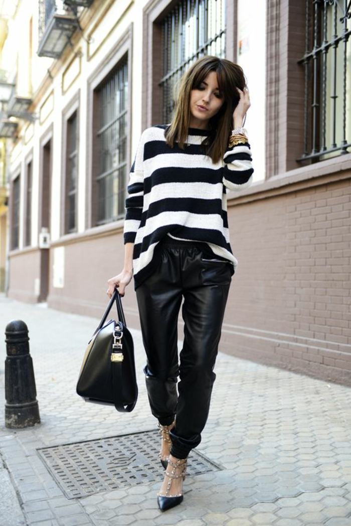 escarpins-cloutés-blouse-rayée-large-pantalon-cuir