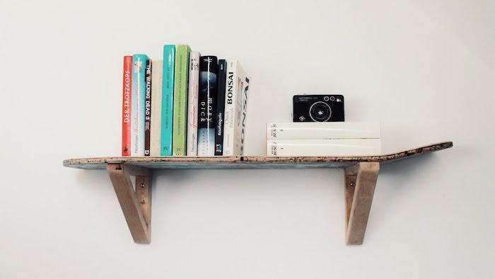 etagere bibliotheque planche bois brut idee deco étagères murales diy