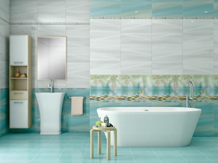 faience-salle-de-bain-turquoise-et-gris-décoration-naturelle-miroir-cadre-or-baignoire
