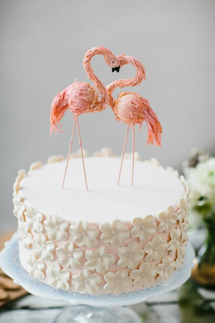 gateau-anniversaire-garçon-gateau-anniversaire-1-an-amour-flamingo