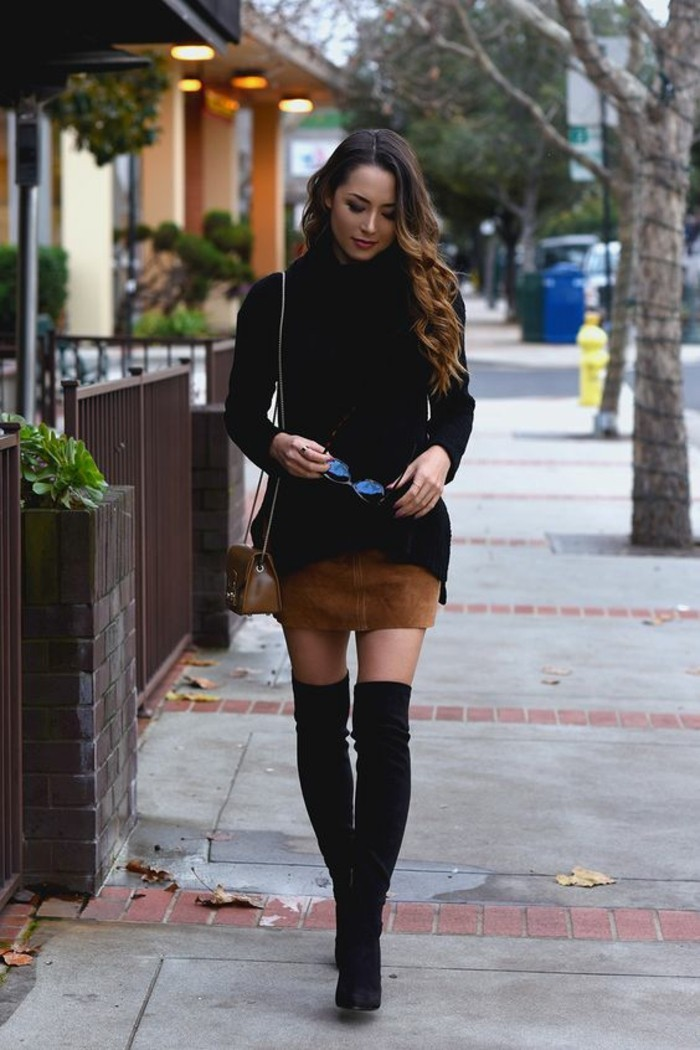 habillée-femme-comment-s-habiller-en-ce-moment-longues-bottes
