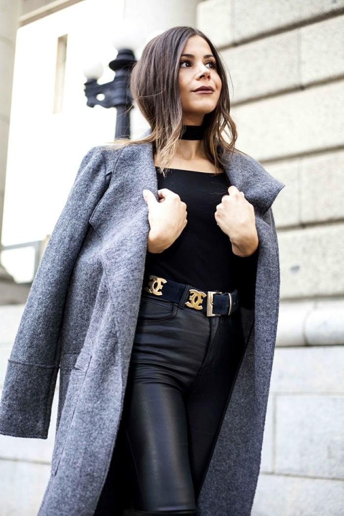 Excellence collier ras de cou noir collier court femme avec pantalon en cuir