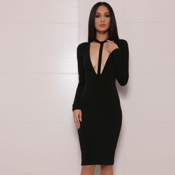Fantastique collier noir collier plastron femme petite robe noire
