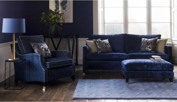 1001 id es pour une d co maison couleur indigo for Canape bleu indigo