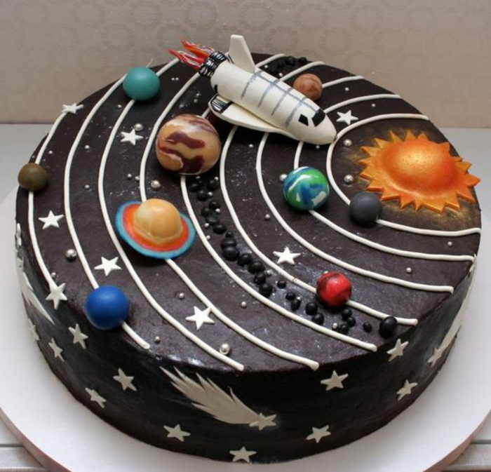 image-gateau-anniversaire-gateau-orignal-astronom