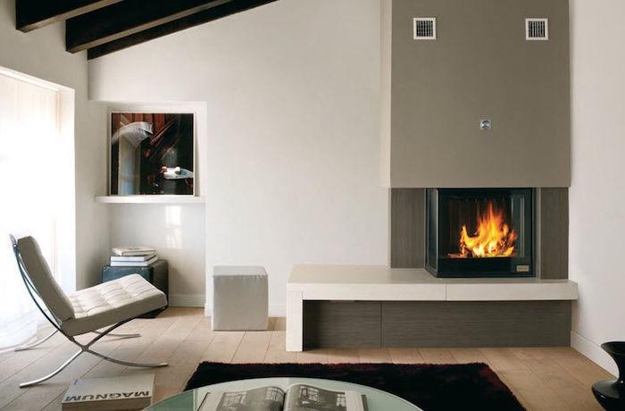 insert à bois foyer cheminée moderne cube carré idee deco foyer fermé