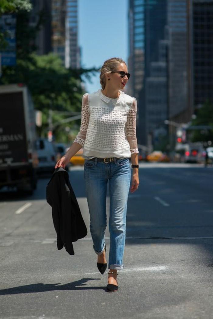 jean-retroussé-chemise-dentelle-à-col-claudine