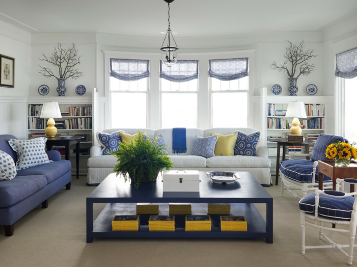 jolie-chambre-bleu-idee-deco-chambre-garcon-table-bous